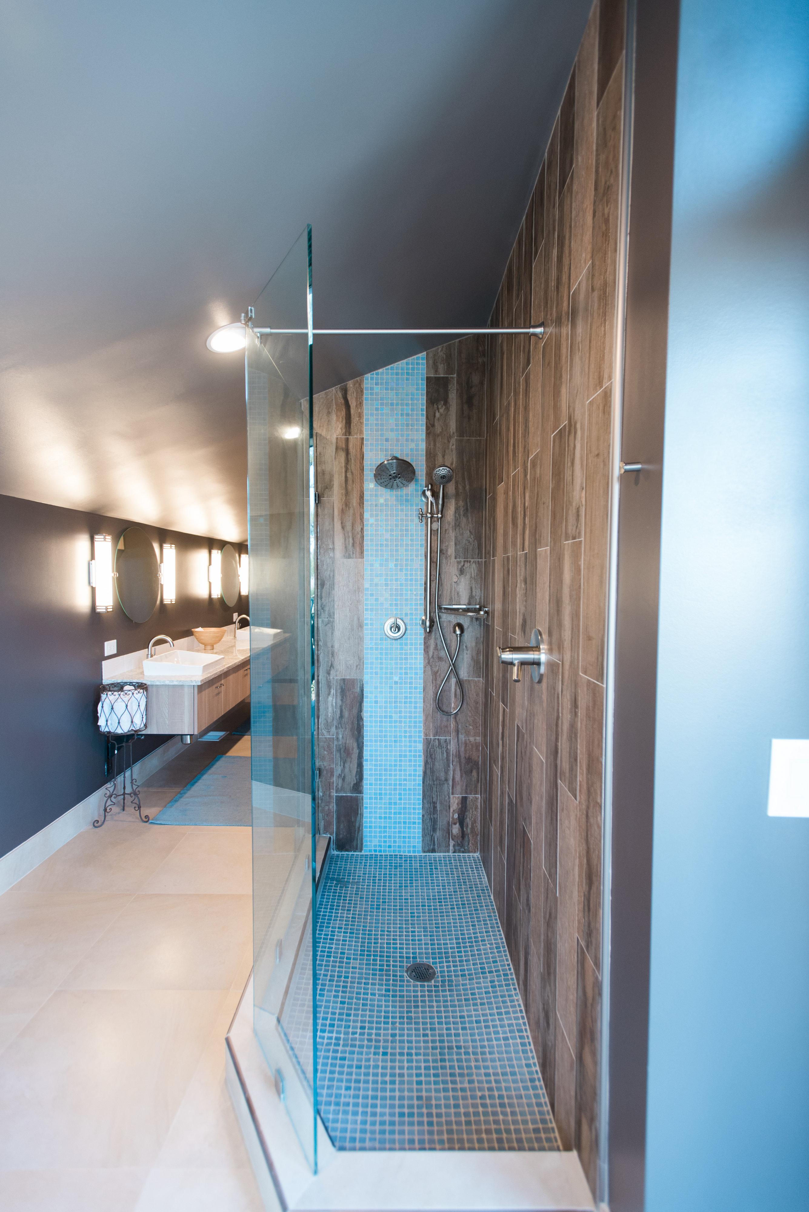Bathroom Reconstruction - Remodel Republic