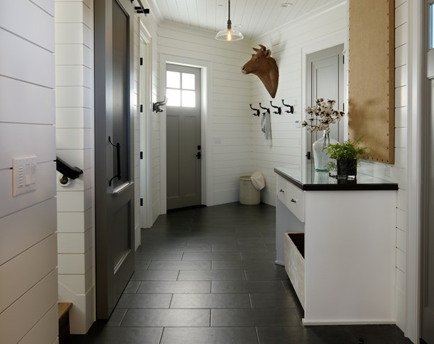 https://www.remodelrepublic.com/wp-content/uploads/2018/04/16-2730-ann-sacks-laundry-room_hdr_6155_624_0-1.jpg