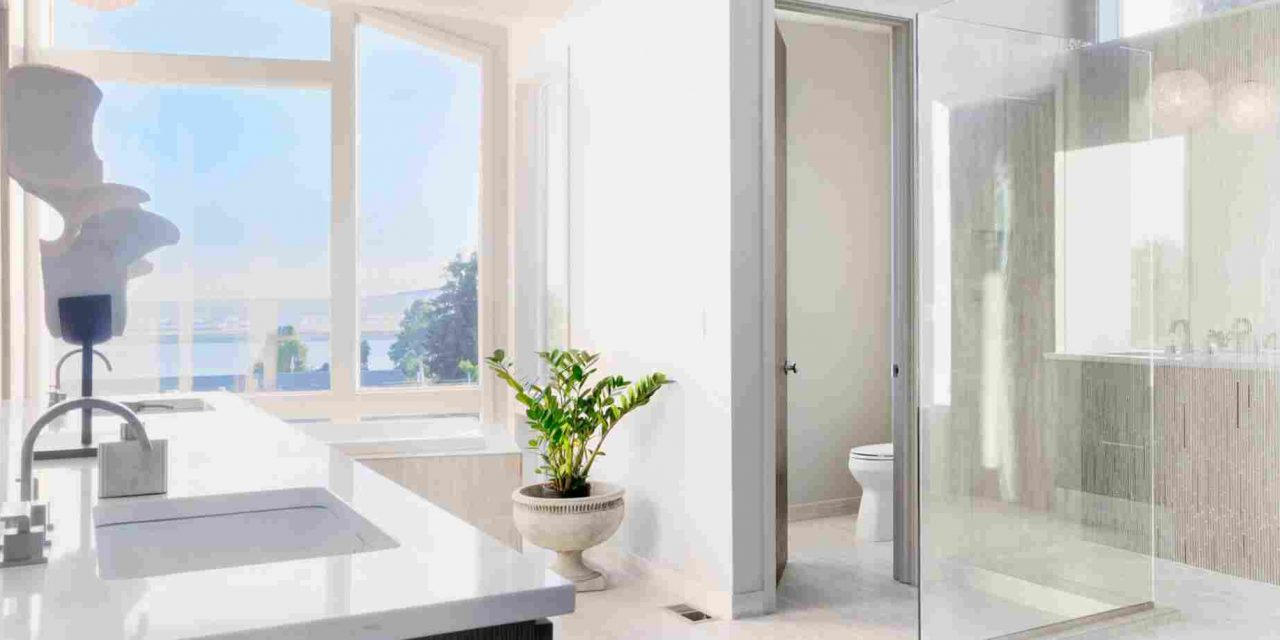 https://www.remodelrepublic.com/wp-content/uploads/2019/04/Make-your-Bathroom-safer-by-Adding-Grab-Bars-and-Safety-Seats-–-Remodel-Republic-1280x640.jpg